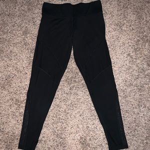 PINK Ultimate leggings sz Lrg, sheer in two areas
